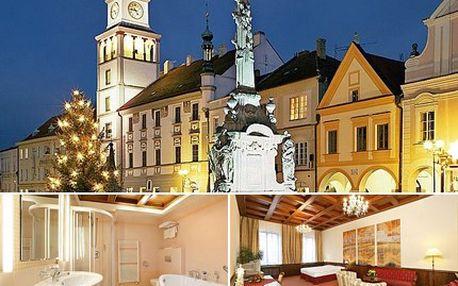 Třeboňská romance pro DVA v hotelu Zlatá Hvězda. Sleva 39 % na ubytování pro dvě osoby na dvě noci s polopenzí a mnoha wellness procedurami.