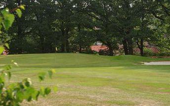 Zahrajte si na nově znormovaném golfovém hřišti Benešovského golfového klubu. Denní fee s možností hry na úpravu HCP získáte se slevou 50%. Platnost voucherů až do června 2012.