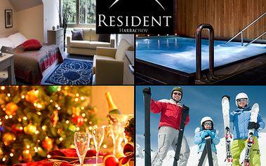 Vánoce na horách! 5denní pobyt se štědrovečerní večeří v luxusním 4*Residentu Harrachov! Dny plné wellness v místě vyhlášeného ski-centra se 47% slevou!