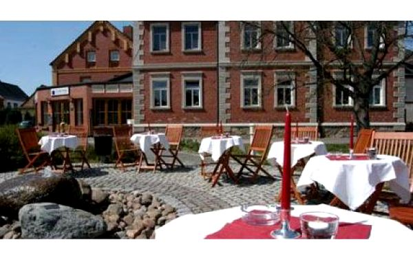 LIPSKO: 2 dny pro dva +snídaně a večeře v útulném hotelu! Odpočinek v Lipsku v národním parku Dübener Heide / Německo