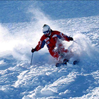 Zimní lyžovačka v ráji všech lyžařů - krkonošském Harrachově - - 2 noci ve dvoulůžkovém pokoji v Hotelu Golden nebo Villa Golden***+ v Harrachově-2x snídaně formou bufetu-2x večeře v hotelové restauraci-1 x alkoholický (pivo, víno) nebo nealkoholický nápoj k večeři/osoba-Vstup do hotelového bazénu-Parkování zdarma