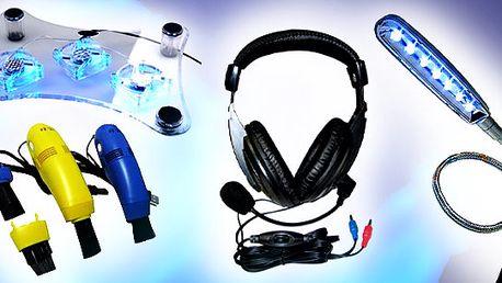 4-dílná sada pro notebooky včetně poštovného ! Chladící podložka pod notebook , mini usb vysavačusb, led lampička, sluchátka s mikrofonem !