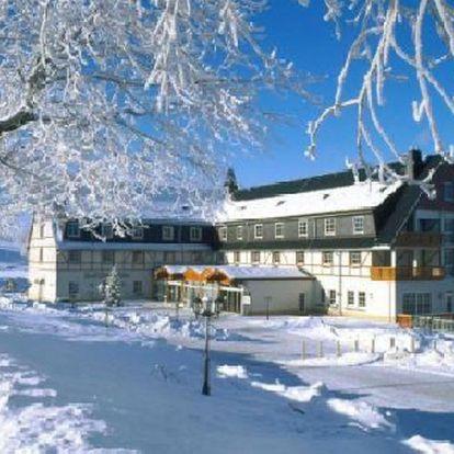 Tři dny pro 2 v luxusu 4* hotelu se snídaní a večeří! Užijte si pobyt v Krušných horách v Německu