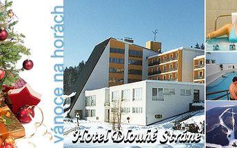 Kouzelné Vánoce 2011 s překvapením v hotelu Dlouhé stráně pro dvě osoby s polopenzí na čtyři dny