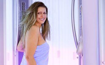 Buďte před plesem krásně opálená, i Vy můžete být svůdná žena. 50% sleva na permanentku na opalování v moderním vertikálním turbo soláriu v délce 20 minut.