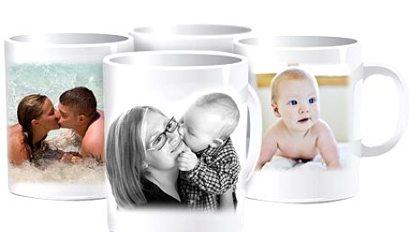 Vánoční dárek už nehledejte, hrnečkem s fotografií radost udělejte! 50% sleva na bílý keramický hrnek s fotografií podle Vaší fantazie.