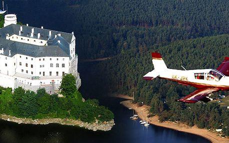 Vyhlídkový let zámek Orlík - přehrada Orlík!! Darujte nezapomenutelný zážitek, který Vašim přátelům už zůstane na vždy!!
