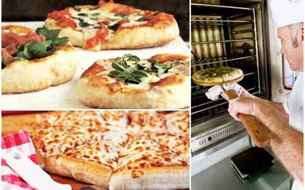 50% SLEVA! Zaplaťte pouhých 50 Kč místo 100 Kč za slevový kupón na pizzu dle vlastního výběru! Luxusní pizza za minimální cenu v Topas clubu v Brně!