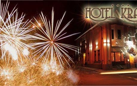 Luxusní silvestrovský třídenní pobyt pro dva s bohatým programem v Hotelu Krajka****! Pouze 6 kupónů k dispozici!