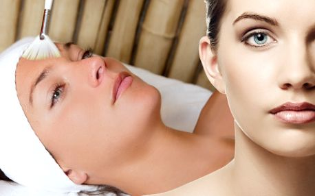 325 Kč za ajurvédskou pleťovou terapii a 30 minut masáže zad. Lifting, rozproudění lymfy i energie po celém těle + zjemnění pokožky se slevou 61 %.