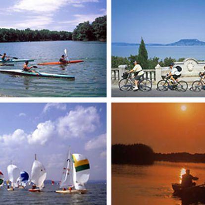 Přemýšleli jste již někdy nad tím, jaký je to pocit obdivovat zamrzlé jezero Balaton a přitom se vyhřívat v perličkové lázni? Tak třeba i takové zážitky Vás čekají v hotelu Yacht Club na břehu Balatonu za pouhých 3999 Kč. Čtyřdenní relax se slevou 47 %. Tip na dárek.