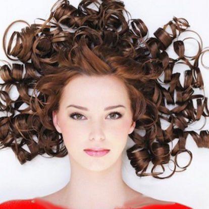 Jedinečný kadeřnický balíček pro dámy za neuvěřitelnou cenu 170 Kč. Mytí hlavy, konzultace, hloubková regenerace vlasů, profesionální střih, foukaná astyling sfajn slevou 60 %! Svěřte své vlasy do rukou profesionálů a využijte této akce ke změně vaší vizáže! Tip na dárek.