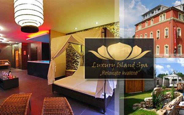 Jen 590 Kč za soukromý pronájem celého Luxury Island Spa až pro 8 lidí! Luxusní vířivka, finská a aromatická sauna spolu s venkovním bazénem jenom pro Vás s 51% slevou!