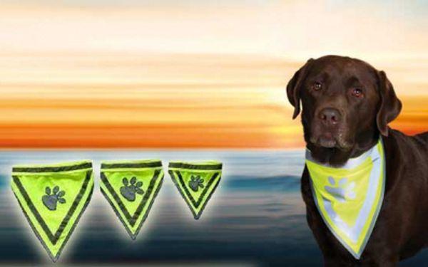 Reflexná šatka pre psíkov s 50% zľavou! Užitočná pomôcka pre psíkov venčených za tmy, ktorá z Vašich chlpatých miláčikov navyše urobí štýlových fešákov :) Len 4,99€!
