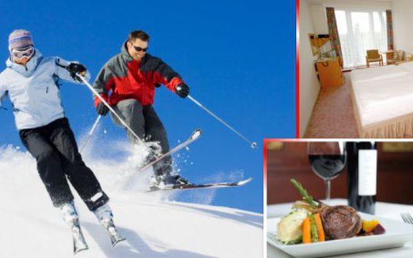 Zimní pobyt na Vysočině pro 2 osoby s plnou penzí. Užijte lyžování, pochutnejte si na dobrém jídle a víně a naberte novou energii v hotelu Medlov se slevou 40%!