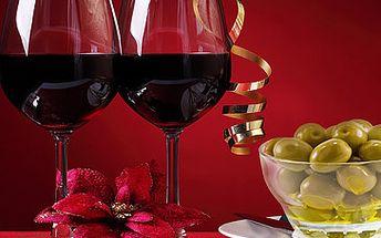 Pouhých 49 Kč za 2x 2dl vína dle výběru (Veltlínské Zelené, Modrý Portugal) + 1x porce zelených oliv v prvním CURRY BARU v Brně. Vše se slevou 54 %.