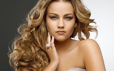 Netrapte se poškozenými suchými vlasy! S keratinem se blýská na lepší časy. 71% sleva na brazilský keratin, uzdravuje vlasy, má čistě přírodní produkt. Dodá Vašim vlasům hebkost, lesk, sílu a chrání před škodlivými vlivy.