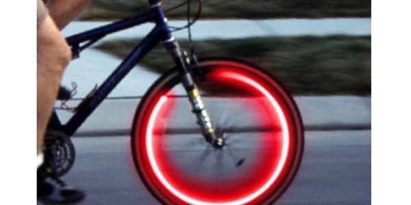 159,- Kč za svítící ventilky na kolo! Dejte o sobě na silnicích vědět stylově!