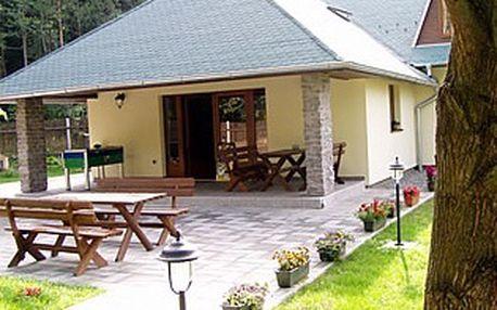 Pouhých 899 Kč za ubytování pro dvě osoby na tři dny (2 noci) se snídaní a láhví vína na pokoji ve stylovém penzionu Na Bažině! Užijte si pobyt v krásném prostředí, na úpatí Českomoravské vrchoviny s báječnou slevou 60%!