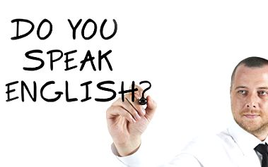 Naučte se konečně mluvit anglicky! Nejen teoreticky, ale i prakticky. 67% sleva na kurzy angličtiny, více než 240 hodin výuky, plus kurz Pracovní pohovor, 1200 cvičení a testů, pro prvních 250 z vás kniha Angličtiny na každý den.