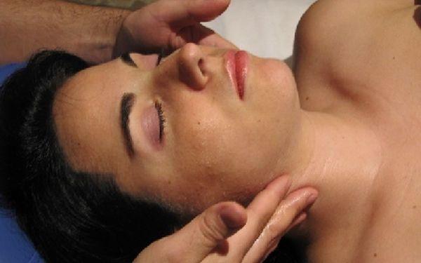 90 min Chiromasáže - masáž obličeje, dekoltu, šíjového svalstva a horní části zad se slevou 69%