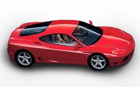 Zažijte jízdu plnou adrenalinu! Vyzkoušejte si Porsche či Ferrari s nohou na plynu. 50% sleva na jízdu sporťákem nebo motorkou dle Vašeho výběru, projeďte se s Harley-Davidson, Porsche nebo Corvette.