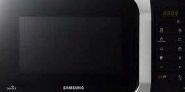 Pouhých 2820 Kč za mikrovlnnou troubu SAMSUNG MS89F-S ! Tato mikrovnka má sensor Cook technologii a funguje i jako parní hrnec! Pořiďte ji za supr cenu sobě nebo svým blízkým jako vánoční dárek!