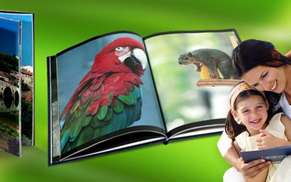 349 Kč za dárkový poukaz na krásnou fotoknihu. Vysoká kvalita tisku, 44 stran, barevné plátěné desky a až 200 fotografií v jedné knize.