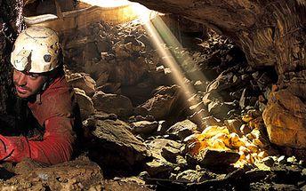 389 Kč za adrenalinový Sestup do nitra země. Průchody štolami, jeskyněmi a plazivkami oblasti Labských pískovců se slevou 82 %.