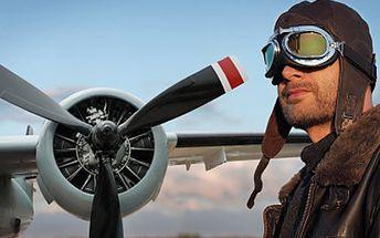 Staňte se na chvíli pilotem letadla, podívejte se na svět z pohledu jestřába. 50% sleva na 20 minut letu pod dohledem zkušeného instruktora, rychlostí, která Vám zvýší hladinu adrenalinu. Darujte nezapomenutelný zážitek.