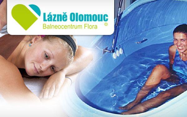 Relaxační solná koupel floating a zklidňující kokosový zábal na záda za 309 kč!! Vyzkoušejte beztížné plavání se simulací mrtvého moře a prohřejte svůj organismus!!
