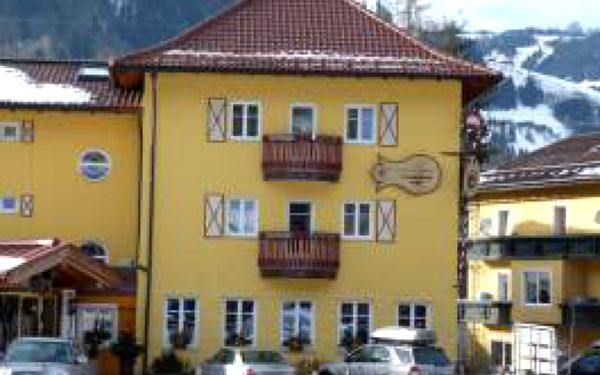 Jedinečná nabídka - 450 km od Prahy lyžařské středisko Ski Amadé – St. Johann im Pongau Hotel Plankenauwirt **** na 4 dny (3 noci) s polopenzí, saunou a bylinkovou koupelí!!! Nyní za pouhých 4290 Kč za osobu!!! Deti do 15 let zdarma!!!