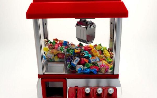 Domácí automat na sladkosti s joystickem, jeřábem a žetony na aktivaci! Sen každého dítěte se může stát skutečností! Poříďte svým dětem domácí automat poháněný žetony a užijte si doma zábavu jako na pouti! Ojedinělý výrobek v ČR! Jen za 800Kč!