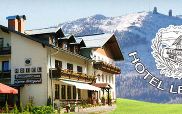 ZIMNÍ DOVOLENÁ V NĚMECKU za ČESKÉ CENY, se slevou 60%!! Ubytování pro dvě osoby na 3 dny/2 noci s polopenzí v hotelu LESNÍ DŮM v Bavorské rudě, blízko lyžařského areálu Grosser Arber, a láhev vína, to vše za 2390 Kč!!