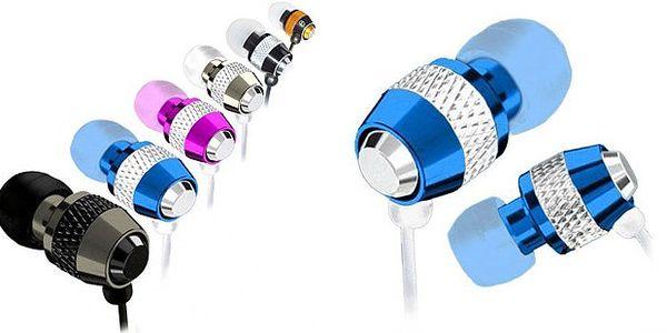 Potěší každého! Luxusní sluchátka v metalických barvách včetně silikonového navijáku na kabel Designfish! Zaslání poštou.