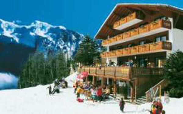 Jen 6480 Kč za 7 nocí v rakouském Berghotelu Pregidstuhl Bad Goisern, stravování SOFT ALL INCLUSIVE. Možnost lyžování zdarma u hotelu. Děti do 13 let ZDARMA!!!