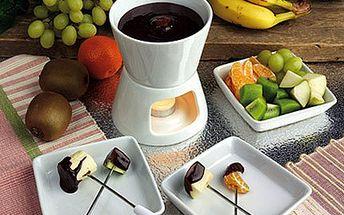 Vychutnejte si ve DVOU čokoládové potěšení! Fondue jako sladké překvapení. 54% sleva na čokoládové fondue pro 2 osoby ve stylové kavárně HOMECAFÉ v centru Plzně. Čokoláda dle výběru a 2x talíř se sušenkou a ovocem.