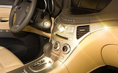 229 Kč za klasické čištění interiéru auta a tepování koberečků v hodnotě 739 Kč. Novoroční úklid anavoněný vůz se slevou 69 %.