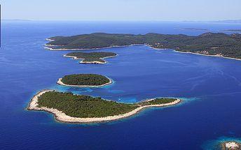 First minute - 10 dní dovolené v Chorvatsku pro 4 osoby s dopravou na Makarské riviéře! Prázdninové termíny, odjezd každý pátek! Cena za osobu 2345 Kč!