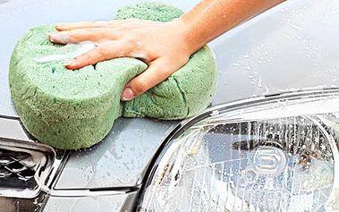Nechte Váš vůz zazářit leskem a čistotou. Vymydlíme jej s největší ochotou. 50% sleva na profesionální ruční mytí vozidla, dokonalé vyčištění exteriéru či interiéru dle Vašeho výběru.