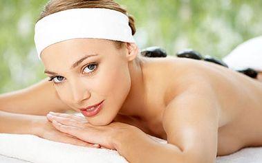 Výběr z 5 masáží. Hot Stones, medová masáž, relaxační levandulová nebo kokosová masáž, klasická masáž zad.