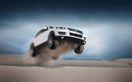 Prožeňte nadupané auto a užijte si pořádnou dávku adrenalinu a to se slevou 78%! Zapůjčení luxusního teréňáku Volkswagen Touareg za super cenu 549 Kč! V ceně je zapůjčení vozu s instruktorem (případně přímo s řidičem) a hodinové svezení!