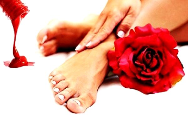 139 Kč za kompletní péči o Vaše nohy! Dopřejte si moderní metodu úpravy nohou a nehtů - suchou pedikúru s lakováním a pečujte o krásu Vašich nohou se slevou 54%!