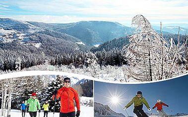 Vydejte se za odpočinkem a lyžováním! V Jeseníkách vyhovíme Vašim přáním. 45% sleva na ubytování pro 2 osoby na 2 noci se snídaní a lyžařským areálem i běžkařskou magistrálou na dohled.