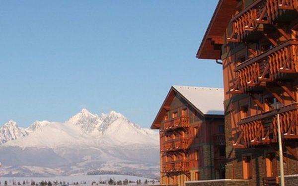 3-denní pobyt pro DVA v Tatragolf Mountain Resort****. Poznejte krásu zasněžených Tater! Luxusní plně vybavené apartmány s terasou nebo balkonem. 10 minut od Tatranské Lomnice s nejlepšími sjezdovkami.