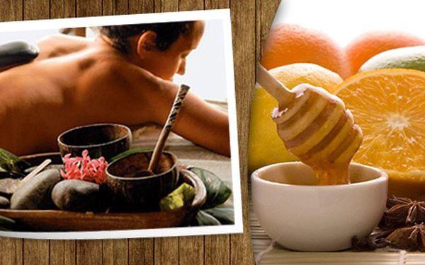 Akční cena 222 Kč za medovounebo hot stonesmasáž v salonu VIP Relax v Plzni na Doubravce!Darujte svým blízkým nebo si sami dopřejte luxusní masáž medem nebo horkými lávovými kameny a ušetřete 278 Kč. Skvělá sleva 56%!