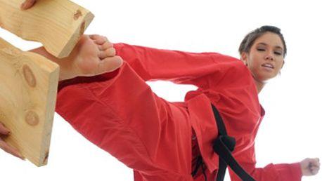 Přijďte na lekce bojového umění! Zacvičte si, a tělo Vás odmění. 50% sleva na 2 lekce bojového umění, každá o délce 90 minut.