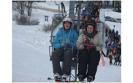 Týdenní jarní prázdniny pro děti na horách s lyžováním a výukou filmového a divadelního herectví za 3395,- Kč