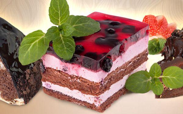 119 Kč za výběr zákusků a dortíků od mistra cukráře. Větrníky, věnečky, ovocné řezy, pařížský dort a další. Až 20 poctivých domácích dobrot!