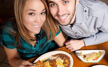 """Ochutnejte pikantnost Mexika! Čeká Vás hostina veliká. 50% sleva na menu pro 2 osoby v mexické restauraci. Jako předkrm TOTOPOS CON MEXICANA HOT a hlavní chod BURRITOS """"METEPEC""""."""